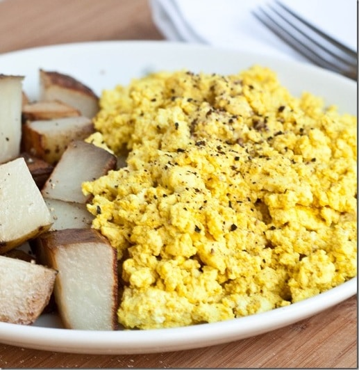 Vegan Scrambled Tofu by The Wannabe Chef