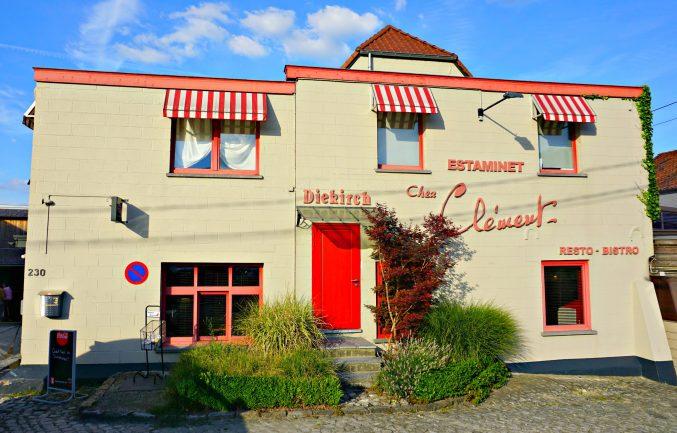 Chez Clément façade