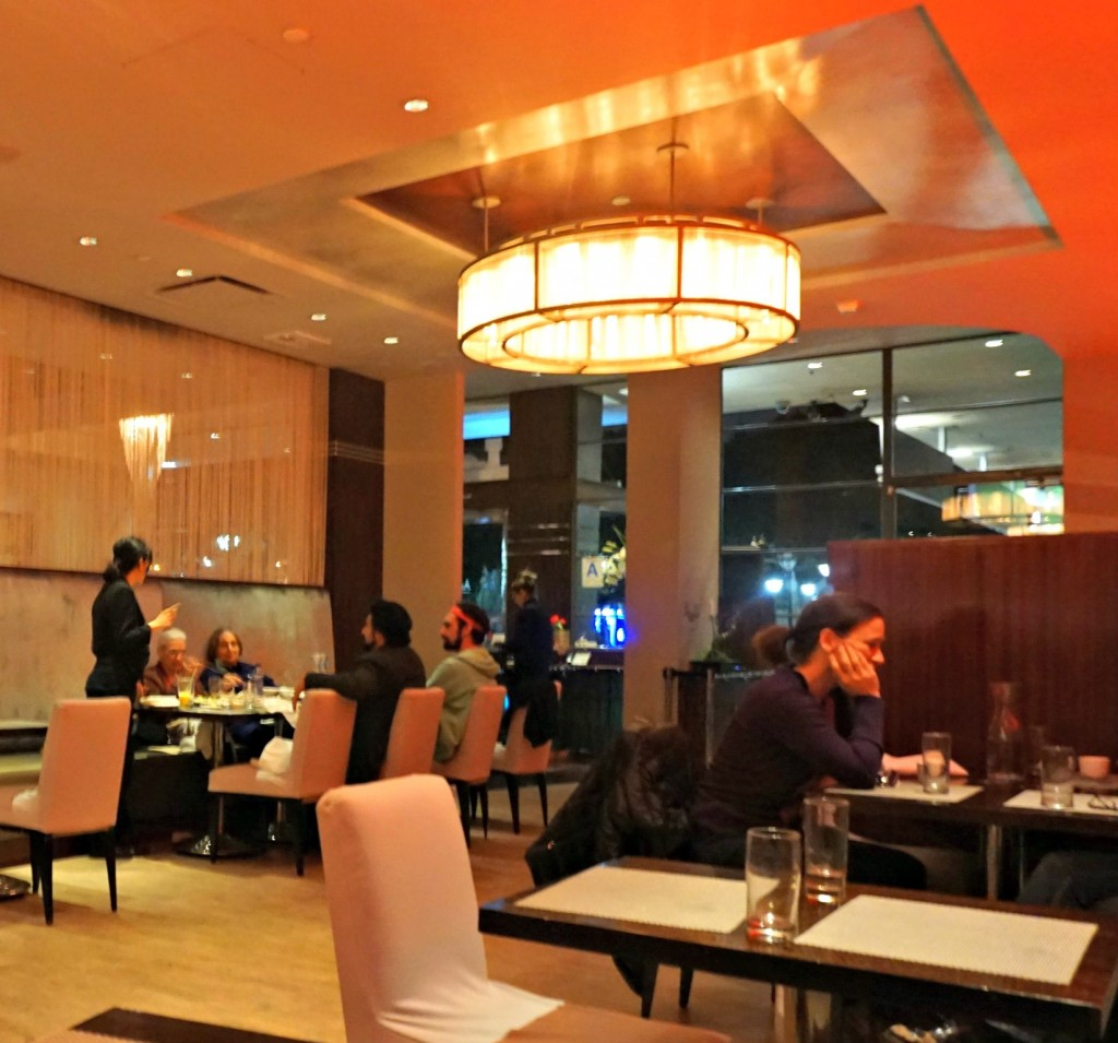 Inside Au Lac - Restaurants in Los Angeles