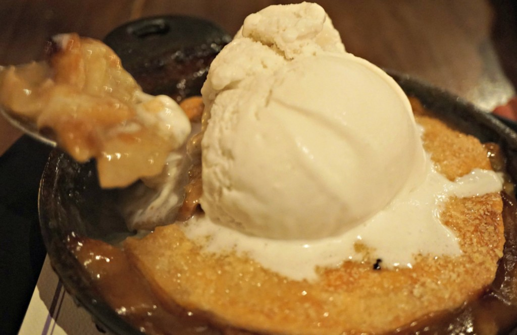 Pear Cobbler Gracias Madre - Restaurants in Los Angeles