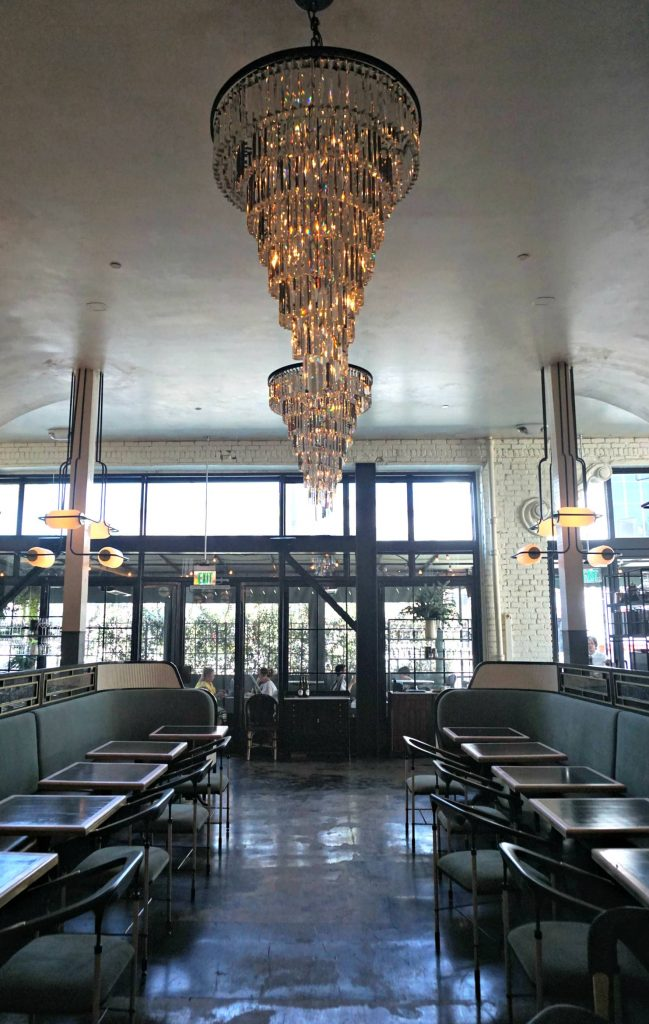Restaurants in Los Angeles - Gwen dining room