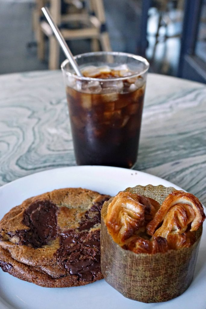 Restaurants in Los Angeles - Gwen Sweets Coffee